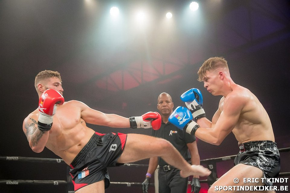 Thaiboks gala in Waregem – Vechter Nicola Breyne
