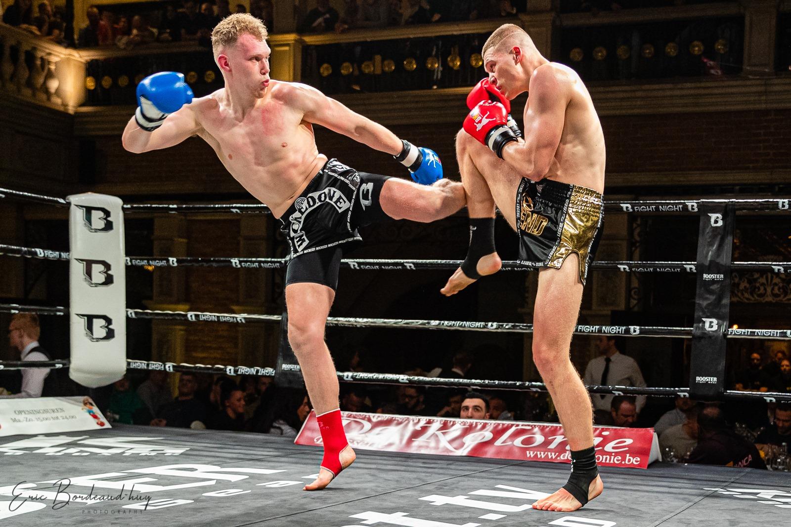 Middle kick block Thaiboks Ieper Nicola Breyne – Bronski Gym