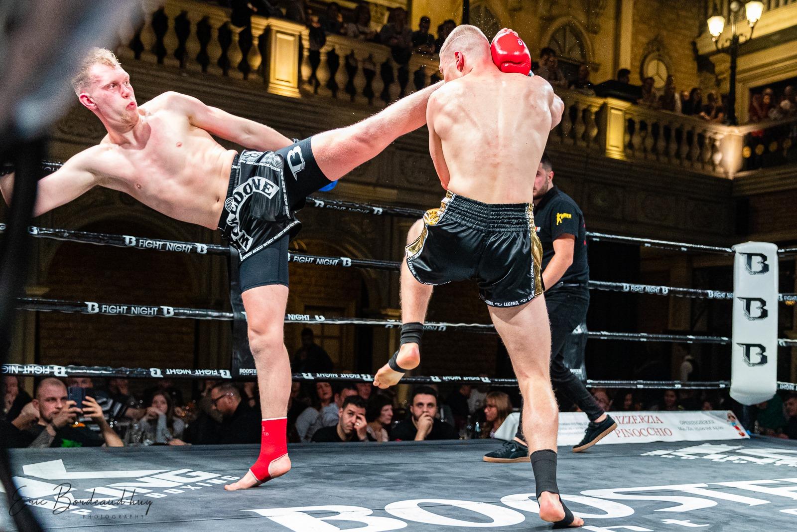 High kick Thaiboks Ieper Nicola Breyne – Bronski Gym
